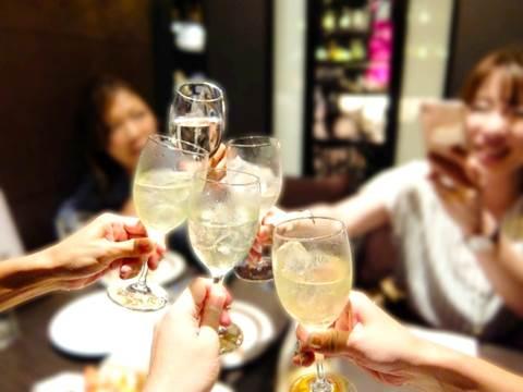 女子会の飲み会