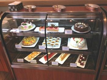 JTBラウンジのケーキ