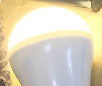 usb led電球の色