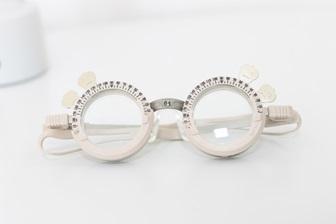 眼鏡の調整