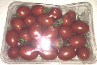 スーパーのミニトマト
