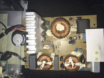 電源の内部